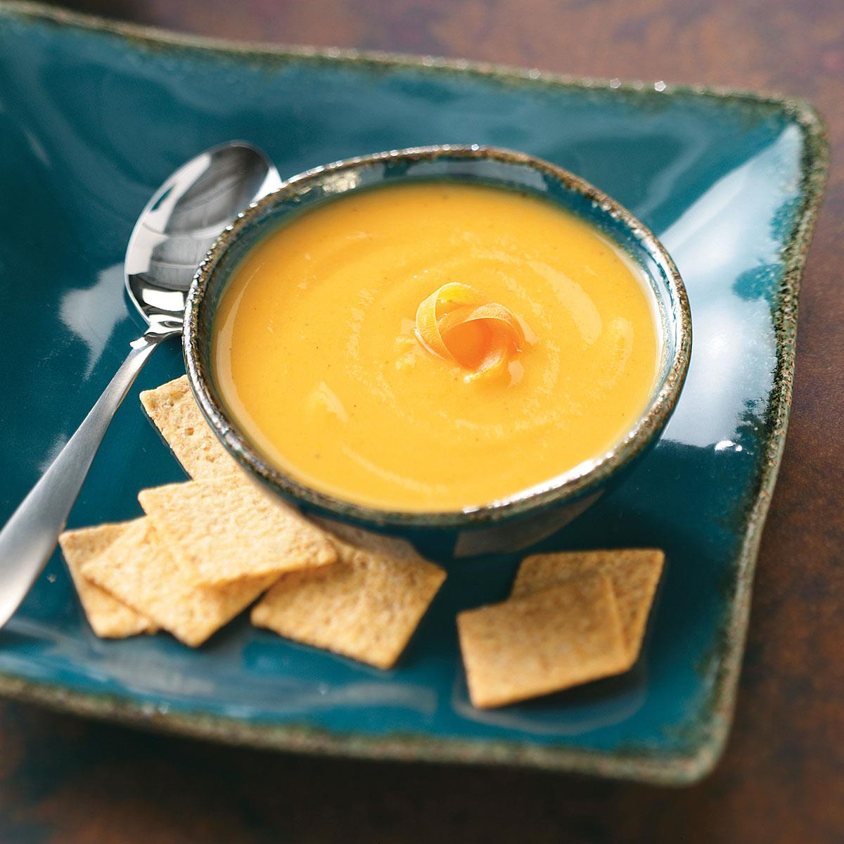 Curried-Parsnip-Soup_exps26656_THHC1785930D53C_RMS (1)